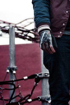 FST Handwear Collection Automne/Hiver 2012/2013  Modèle : Wild Rider - Brown  / Photo : Simon Baret