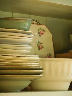 I am always on the lookout for pretty vintage dishes. They look so pretty in an early hutch or country kitchen.