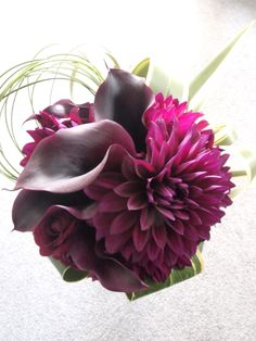 # Vress et Rose # Wedding # red # Bouquet # natural #Autumn #Vintage # Flower # Bridal # ブレスエットロゼ #ウエディング # レッド#クラッチブーケ # ブーケ  #ビンテージ# 花 # ダリア#カラー#ブライダル#結婚式