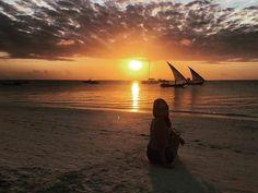 Bajeczny zachód słońca w Kendwa!💞 #Kendwa #Zanzibar #Tanzania #Afryka #polishgirl #zanzigirl #girl #blogger