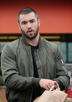 Caesar style crewcut w/ beard Handsome Bearded Men, Handsome Faces, Haircuts For Men, Men's Haircuts, Men Hairstyles, Josh Bowman, Happy 27th Birthday, Types Of Beards, Mature Men