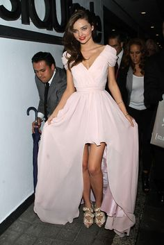 She's gorgeous and I adore the dress and shoes!