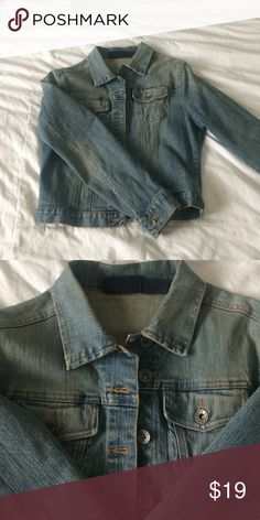 """Jean jacket Women's jean jacket. Perfect to throw over a sundress or a maxi dress in cooler weather. 18"""" from shoulder to bottom. Ya can't go wrong with a basic jean jacket. Shoulder width is 16"""" Jackets & Coats Jean Jackets"""