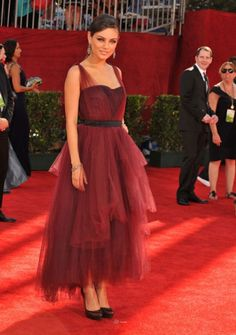 I love the cut on this dress! Short dresses usually aren't a hit on the red carpet but this one is very hip. #emmysfashion #socialblissstyle