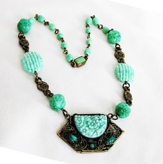 Czech Peking Green Glass Art Deco Pendant Necklace Enamel Jewelry, Art Deco Jewelry, Glass Jewelry, Antique Jewelry, Vintage Jewelry, Vintage Necklaces, Jewellery, Vintage Costume Jewelry, Vintage Costumes