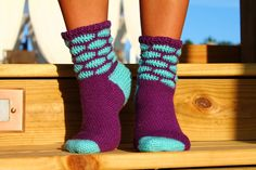 I love the bright colors of these crochet socks. Ravelry: Project Gallery for Honeycomb Socks pattern by Patsy Harbor