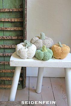 Diy Crochet, Little Things, Diy Tutorial, Planter Pots, Blog, Handmade, Home Decor, Html, Autumn Decorations