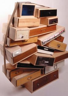 Droog Design- recupération de tiroir - recyclage - Tejo Remy - Chest of drawers Chest Of Drawers Design, Drawer Design, Chest Drawers, Eco Design, Modern House Design, Contemporary Design, Cool Furniture, Furniture Design, Plywood Furniture