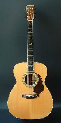 Martin J-45M (1986) : Custom made. Spruce top, Indian Rosewood  back & sides.