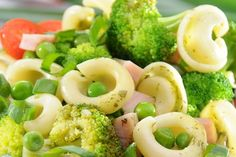 Przepis na Sałatka makaronowa Tortellini, Tofu, Pasta Salad, Potato Salad, Potatoes, Lunch, Ethnic Recipes, Crab Pasta Salad, Potato