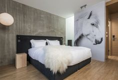 How to Decorate a Horse Themed Bedroom for an Equestrian Girl
