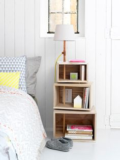 15 DIY Nightstand Ideas for a Unique Bedroom Interior Do It Yourself Couch, Home Bedroom, Bedroom Decor, Bedroom Apartment, Bedrooms, Teen Bedroom, Bedroom Ideas, Bedroom Table, Bedroom Suites