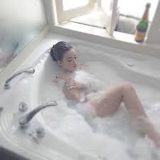 Sexy bath photos