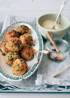 Vegetarian vegetable balls with aioli dip - From Pauline& Keuken Pureed Food Recipes, Veggie Recipes, Vegetarian Recipes, Aioli Dip, Aioli Sauce, Vegan Snacks, Healthy Snacks, Go Veggie, Good Food
