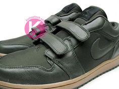 Air Jordan 1 Low Velcro | Black and Army Green
