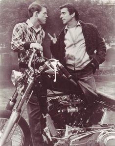 motocult:  loveharleys58:  the fonz his first bike a Harley Davidson knucklehead  That Henry Winkler was scared of and couldn't hold up