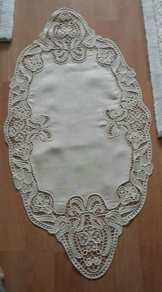 Romanian Lace, Point Lace, Filet Crochet, Vintage Lace, Milan, Projects To Try, Embroidery, Handmade, Fashion