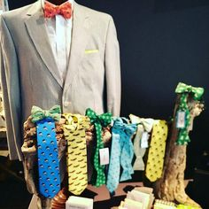 @etsysuccess this photo tells the story of my creative business by showcasing my colorful and coastal bow ties and ties. I design my own fabrics which are inspired by my lowcountry lifestyle. Then I hand make each product myself. Some designs include types of fish pineapples and other southern and preppy patterns.  #etsy #etsyseller #etsysuccess #mensaccesories #handmade #madeinusa #bowties #ties #necktie #preppy #coastalstyle #coastalliving #southernstyle #southern #charlestonstyle…