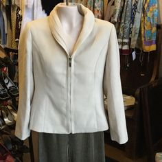 Fendi cashmere blazer This fendi is in very good condition, no holes in this soft beauty FENDI Jackets & Coats Blazers