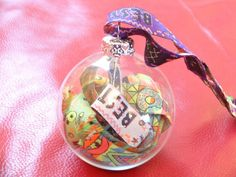 Six ways to preserve your festival wristband without being a gremlin Christmas Baubles, Christmas And New Year, Christmas Time, Design Crafts, Design Projects, Diy Projects, Music Festival Fashion, New Years Eve Party, Shadow Box