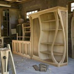 The Best Woodworking Tools .The Best Woodworking Tools Awesome Woodworking Ideas, Best Woodworking Tools, Cool Woodworking Projects, Woodworking Techniques, Woodworking Furniture, Diy Wood Projects, Woodworking Videos, Woodworking Essentials, Woodworking Organization
