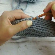"""176 curtidas, 18 comentários - Rubia Braun #ateliebinhartes  (@binhartes) no Instagram: """"Olha que gracinha esse ponto, essa colega crocheteira  ensina muitas coisas legais@bochonok_meda…"""""""