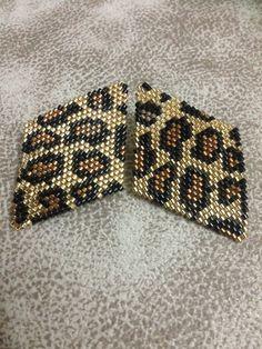 Camo Jewelry, Seed Bead Jewelry, Seed Bead Earrings, Beaded Earrings, Beaded Jewelry, Handmade Jewelry, Peyote Patterns, Beading Patterns, Animal Print Earrings