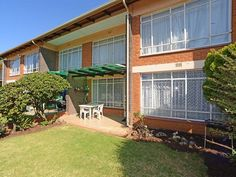 2 Bedroom Flat For Sale in Farrarmere | Kingstons Real  Estate