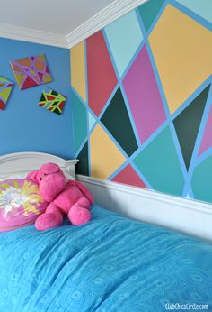 Tween bedroom DIY wall design with FrogTape copy Bedroom Wall Designs, Bedroom Decor, Wall Decor, Design Diy, Diy Wall Painting, Awesome Bedrooms, Modern Wall Art, Cool Walls, Decoration