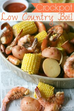 Looking to feed a large group without too much fuss? Go for a low country boil. Delicious, fun, easy and oh so summer!