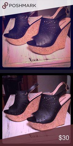 🌸HOST PICK🌸 Black Wedged Heels 7.5 Black Wedged Heels worn once Shoes Wedges