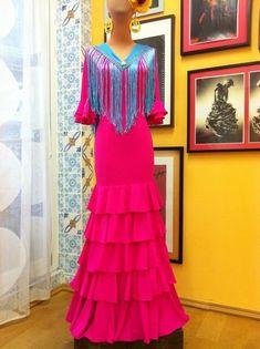 Flamenrico fushia Flamenco Costume, Dresses With Sleeves, Costumes, Long Sleeve, Outfits, Fashion, Moda, Spanish Dancer Costume, Dress Up Clothes