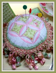 Mock Cathedral Windows Pin Cushion