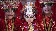 trajes tipicos de nepal - Pesquisa Google