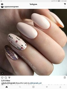 Tolle Bilder von beige nail art designs 2019 Nail Art pics of nail art Cute Nails, Pretty Nails, Beige Nail Art, Long White Nails, Long Nails, Luxury Nails, Hair And Nails, My Nails, Manicure E Pedicure