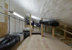 エアコン一台で、快適な家。大型冷蔵庫に使う断熱材を施工してます。