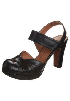 Chie Mihara. KURY - Klassiska pumps - Blått Sååååå vackra skor!