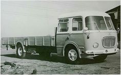 Mini Bus, Volkswagen Group, Trucks, Commercial Vehicle, Retro Cars, Heavy Equipment, Eastern Europe, Old Pictures, Cars And Motorcycles