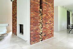 Colour 29. Primula (Présence). Fireplace. (PL)