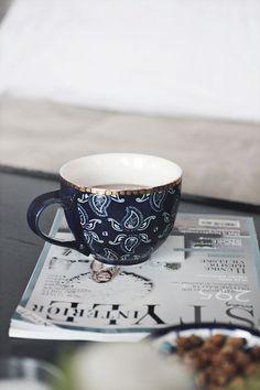 Magazine time w/ #coffee