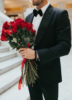 Twisted Metal, Romantic Roses, Be My Valentine, Cool Suits, Cute Couples, Red Roses, Henna, Portrait, Illustration