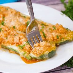 Trendy Buffalo Chicken Zucchini Boats 21 Day Fix Blue Cheese Low Carb Recipes, Diet Recipes, Chicken Recipes, Cooking Recipes, Healthy Recipes, Recipes Dinner, Healthy Foods, Recipies, 21 Day Fix
