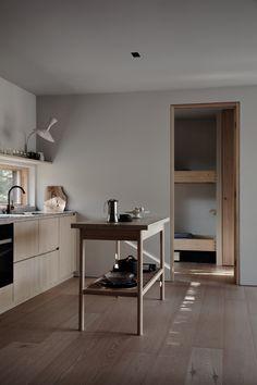 Peek Inside An Inspiring Country House in Finland - Nordic Design Kitchen Interior, Kitchen Design, Minimalism Living, Casa Wabi, Nordic Interior Design, Design Furniture, Plywood Furniture, Chair Design, Modern Furniture