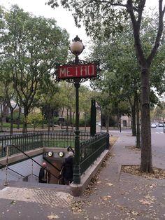 Paris Metro.  thrifty chic LA | life + travel + style: A Walk Through Paris...