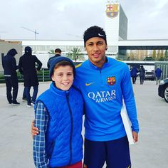 "manu ❤❤ NJR... ✌ on Instagram: ""Com fã no CT do Barça !! """