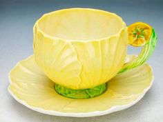 Carlton Yellow Tea Cup with Flower Handle and Saucer, 1930 Antique Tea Cups, Vintage Cups, Vintage Tea, Vintage Dishes, Vintage China, Yellow Tea Cups, Teapots And Cups, Teacups, Carlton Ware