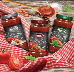 "Packaging Design for Tomato sauces in Jar ""Mama's Homemade sauce"" Homemade Sauce, Starbucks Iced Coffee, Coffee Bottle, Tomato Sauce, Basil, Salsa, Behance, Packaging, Jar"
