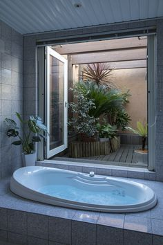 Bathroom Styling, Bathroom Interior Design, Japanese Style Bathroom, Zen House, Haus Am See, Dream Bath, Piece A Vivre, House Inside, Room Ideas Bedroom