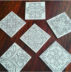 tile patterns Doodle Patterns, Tile Patterns, Pattern Art, China Painting, Mural Painting, Mandala Drawing, Mandala Art, Pottery Painting, Ceramic Painting