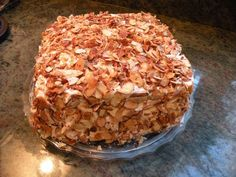 Prantl's Burnt Almond Torte (supposedly from a former Prantl's employee) (Almond Cake Recipes) Burnt Almond Torte Recipe, Almond Torte Recipes, Almond Cakes, Toasted Almond Cream Cake Recipe, Köstliche Desserts, Sweets Recipes, Baking Recipes, Delicious Desserts, Cake Recipes